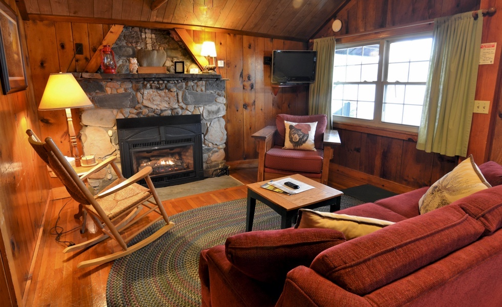 Lakeside Vacation Cabin Rentals at Tall Timber, Pittsburg NH